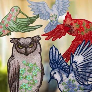 Freestanding Lace Ornate Birds