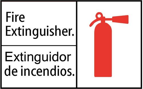FIRE EXTINGUISHER/EXTINGUIDOR DE INCENDIOS