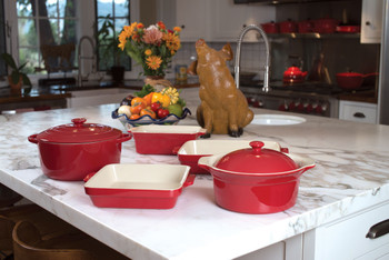 "Cuisine & Co 7 Piece Red Artisan Ceramic Stoneware Bundle with 2 qt Casserole Dish w/Lid, 14.5"" Rectangular Baking Dish, 11.5"" Square Baking Dish, 11.5"" Loaf Dish, and 10"" Oval Casserole Dish w/Lid"