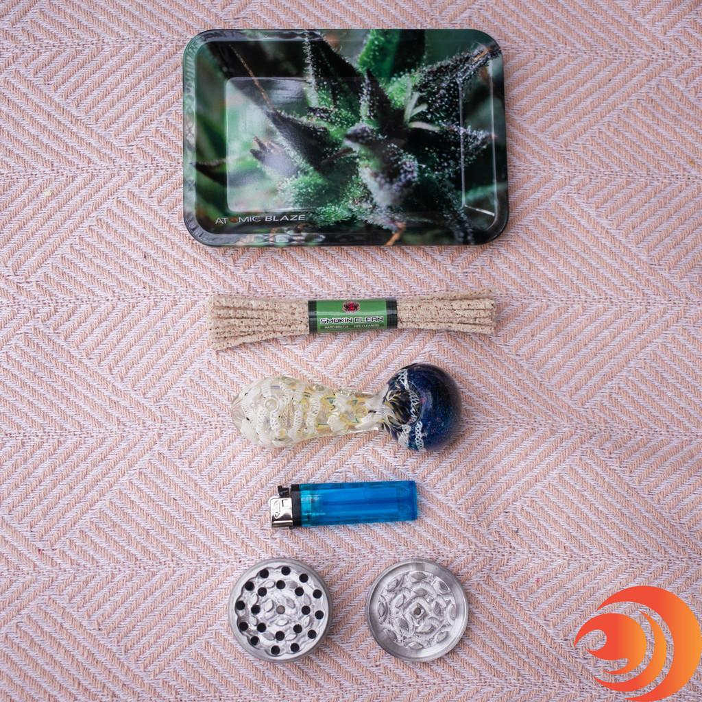 Atomic Blaze Premium Smokers Gift Bundle