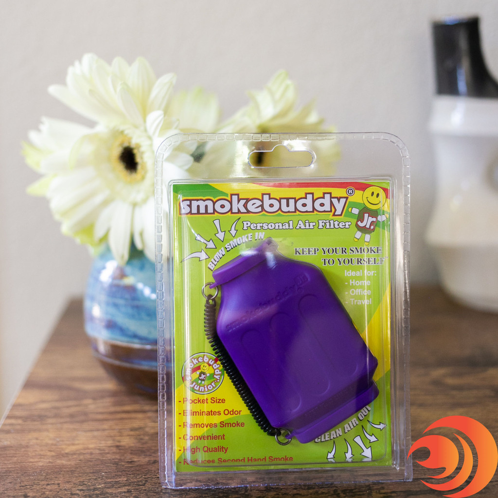 You can avoid lingering smoke smells by blowing smoke directly into the small Smoke Buddy Jr.