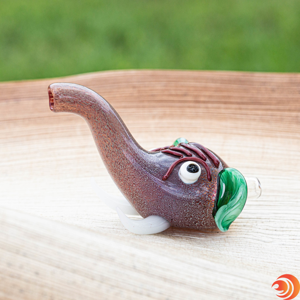 This elephant glass pipe from Atomic Blaze smoke shop online, delivers big, steamy rips that'll have you in the zone in no time.