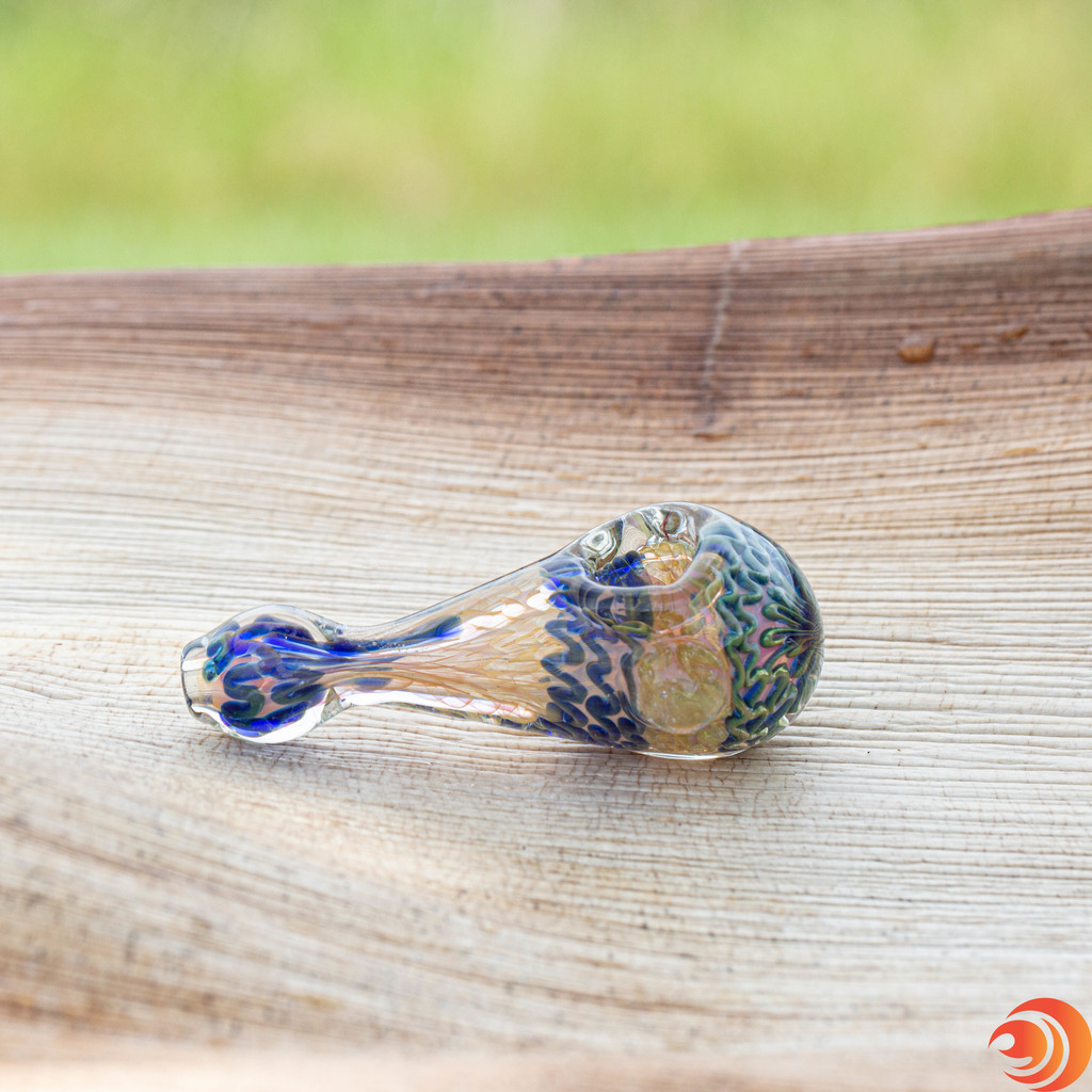 Made from super-sturdy triple blown glass, this tear drop hand pipe from Atomic Blaze smoke shop can take a hit.