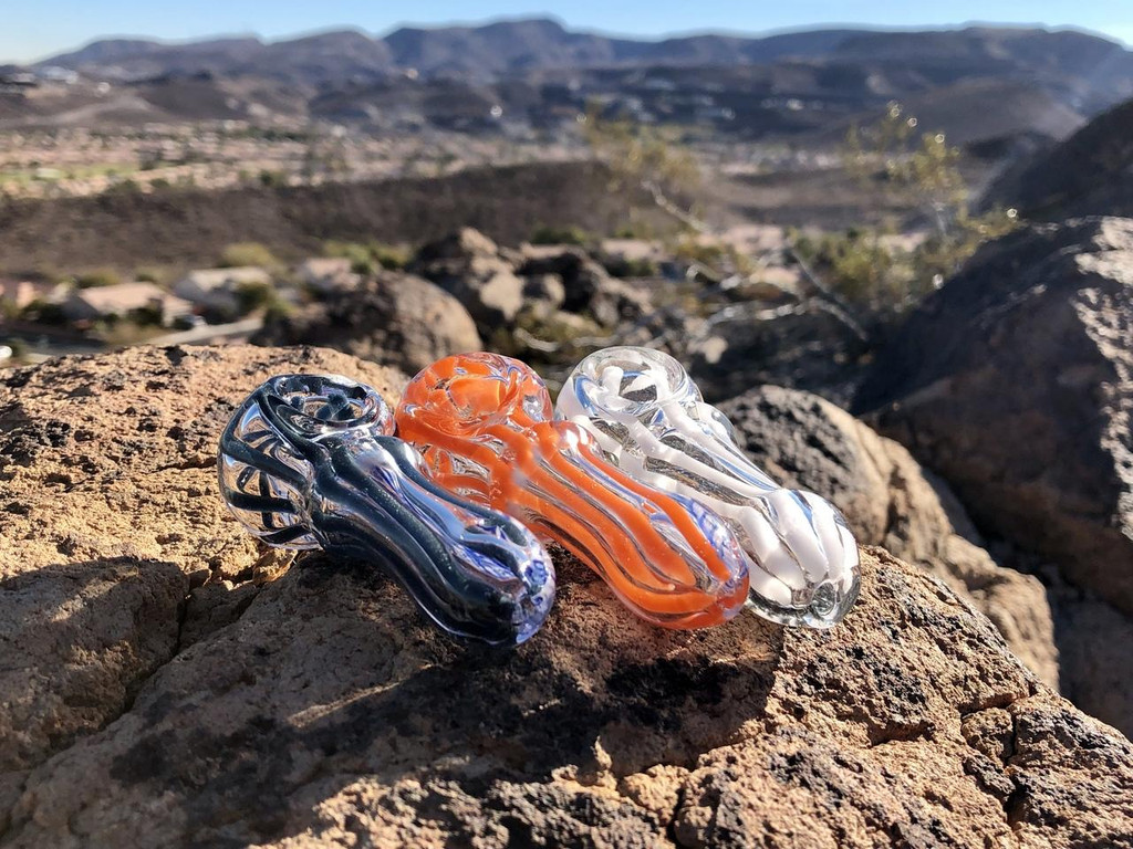 Sale on a 3 Glass Pipes from AtomicBlaze Headshop and we always have the cheapest glass pipes and bongs and free shipping promos