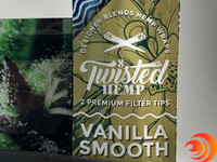 Twisted Hemp Wraps give a smooth drag and can be rolled with your favorite smoke products.