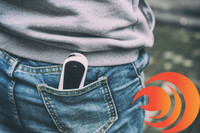The white Dazz Click Vaporizer has a small and sleek design that slips into most any pocket.