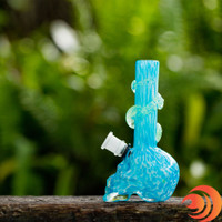 This neon blue glow in the dark skull bong is nicely designed and guarantees good rips. This glow bong ships free from Atomic Blaze in Sarasota.