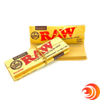 The Raw Connoisseur rolling papers includes the must-have filter tip smoke accessory.