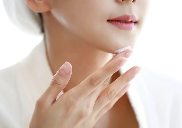 Day Cream vs. Night Cream: What's the Difference?