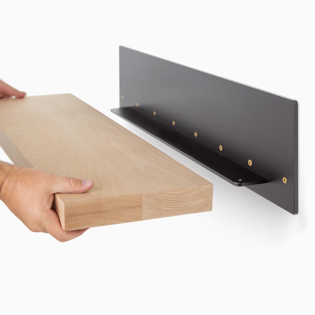 Skaksel White Oak Floating Shelf
