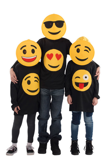 Smiling Hearts Emoji T-Shirt - Kids
