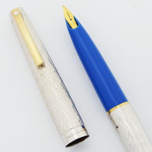 Lady Sheaffer 625 Fountain Pen (1975) - Silver Tree Bark.  w/Periwinkle Blue Section. GP Stylpoint Fine Nib (Near Mint, Works Well)