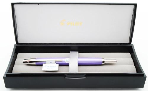 Pilot Vanishing Point Fountain Pen (2011) - Purple with Rhodium Plated Trim, Rhodium plated 18k Broad Nib (Near Mint In Box, Works Well)