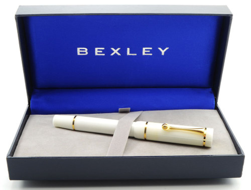 Molteni Antoinette Fountain Pen LE by Bexley (02/28) -  White with Gold bands, Medium 18k Nib (New in Box, Works Well)
