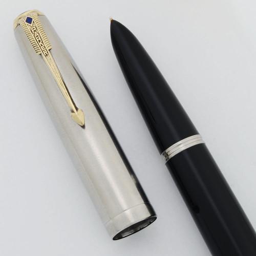 Parker 51 Vacumatic Fountain Pen (1948) -  Black, Blue Diamond Lustraloy Cap, Medium-Fine (Excellent +, Restored)