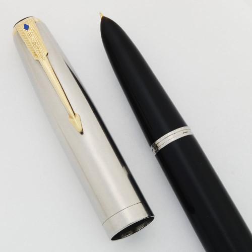 Parker 51 Vacumatic Fountain Pen (1948) -  Black, Blue Diamond Lustraloy Cap, Extra Fine (Excellent, Restored)