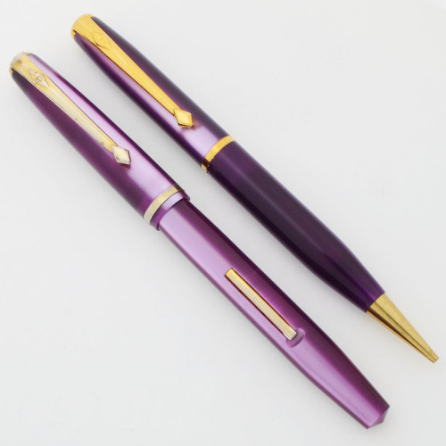 "Conway Stewart 570 ""Dinkie"" Vintage Fountain Pen Set - Purple Lumina Casein, 14k Medium Nib (Excellent, Restored)"