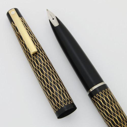 Lady Sheaffer 632 Fountain Pen (1975) - Black Tulle, Medium Steel Stylpoint Nib (New Old Stock, Works Well)