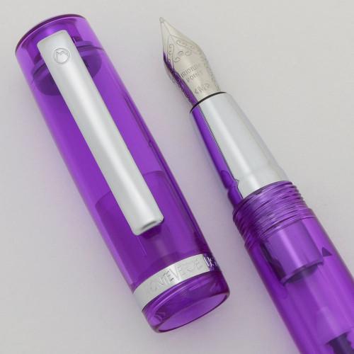 Monteverde Artista Fountain Pen - Purple Acrylic, Medium Steel Nib (Mint in Box, Works Well)
