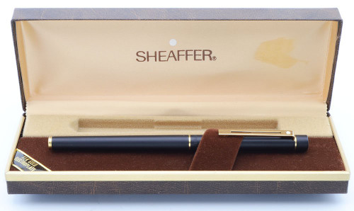 Sheaffer TARGA 1003S Slim Fountain Pen - Matte Black, Gold Trim, 14k Broad Nib (New Old Stock in Box)