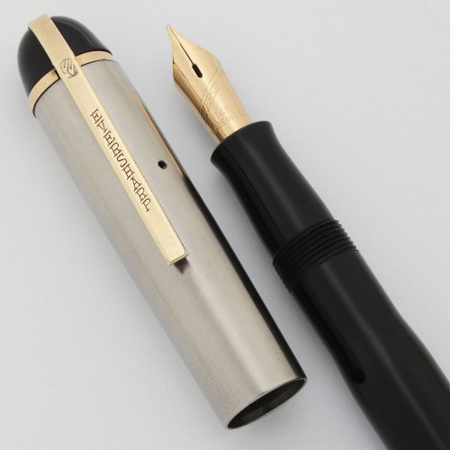 Eversharp Skyline Fountain Pen (1940s) - Rare Stainless Cap, Black Barrel, Medium 14k Nib (Excellent, Restored)