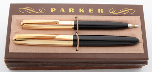 "Parker 21 ""Deluxe"" Fountain Pen Pencil Set (1952) - Black w/ Gold-Filled Caps, Gold Clip, Aerometric, Fine Steel Nib (Superior in Box,  Works Well)"