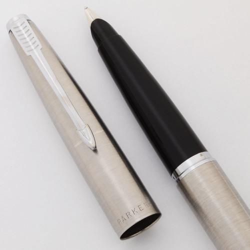 Parker 45 Flighter Fountain Pen - Brushed Steel, CT,  Medium Nib (Excellent, Works Well)