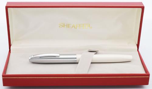 Sheaffer Triumph Imperial  Fountain Pen (1990s) - White w Chrome Trim, Medium Steel Nib (New Old Stock in Box)