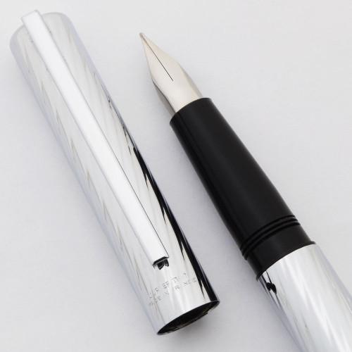 Waterman Torsade Fountain Pen - 1970s, Silver w/Spiral Design, C/C, Fine Steel Nib (Near Mint)