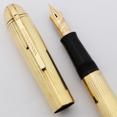 Eversharp Gold Award Skyline Fountain Pen (1940s) - Uncommon Gold Filled Longitudinal Lined, 14k Fine Manifold Nib (Excellent, Restored)
