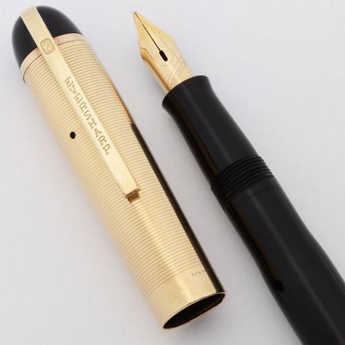 Eversharp Skyline Fountain Pen (1940s) - Black w Gold Cap, 14k Broad Nib (Excellent, Restored)