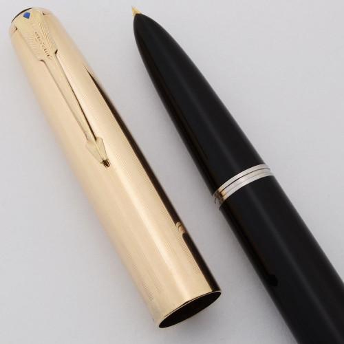 Parker 51 Vacumatic Fountain Pen (Canada, 1946) -  Black w/Gold Cap, Flexible Fine Nib (Excellent, Restored)