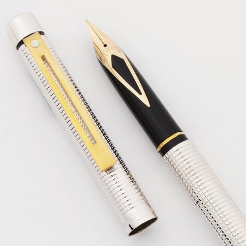 Sheaffer Targa 1010xs Slim Fountain Pen (1980s) - Silverplated Diamond Squares, Medium 14k Nib (Near Mint in Box, Works Well)