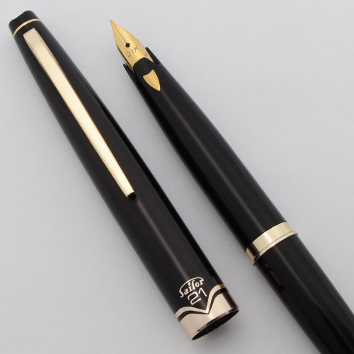 Sailor Pocket Fountain Pen (1960s) - Black w Gold Trim, Cartridge, 21k Fine Nib (Very Nice, Works Well)