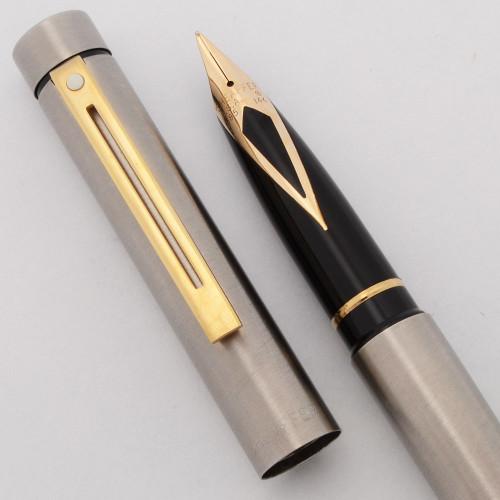 Sheaffer TARGA 1001XG Fountain Pen (1978-88) - Brushed Steel w Gold Trim, 14k Medium Nib (Near Mint, Works Well)
