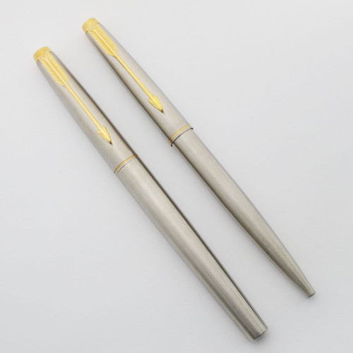 Parker 75 Flighter Deluxe Fountain Pen Set - GP Trim, 14k Broad Right Oblique #53 Nib  (Excellent +, Works Well)