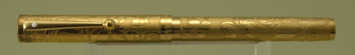 Sheaffer Nostalgia Fountain Pen - Vermeil Etched