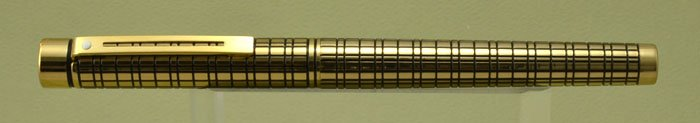 Sheaffer TARGA 684 Fountain Pen - Medici Crosshatch