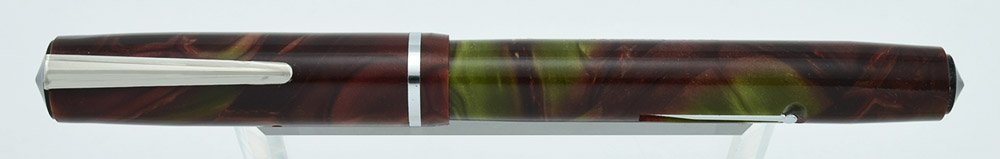Sheaffer sub-brand Wasp Addipoint, Purplish red and green, with flexible Wasp #233 nib