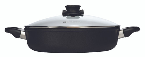 XD Induction Sauteuse with Lid - 28 cm (3.5 L) - Side Shot
