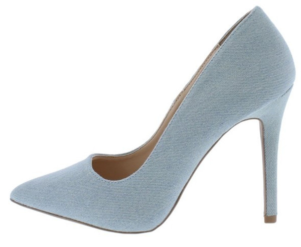 Pale Denim Pump