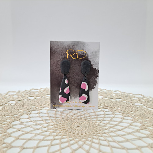 White and Pink Animal Print on Sparkly Black 06