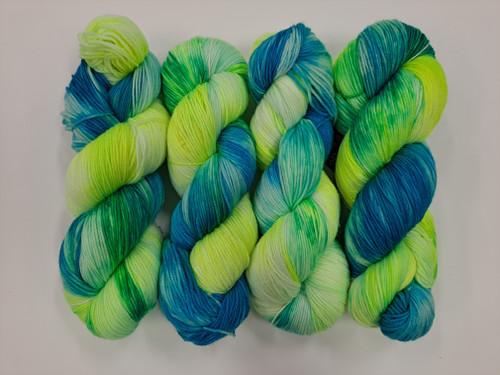 Lush 4ply Sock 'Strobe Light'