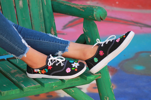Black embroidered shoes