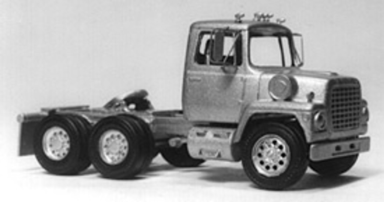 1969 Ford LN Tractor  Truck Kit