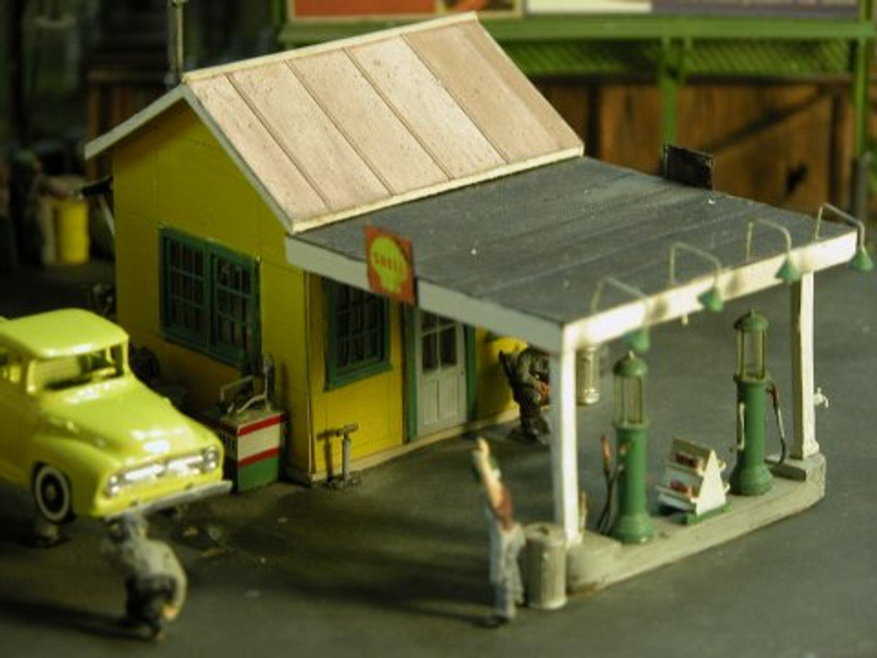 1920's Gas Station Kit