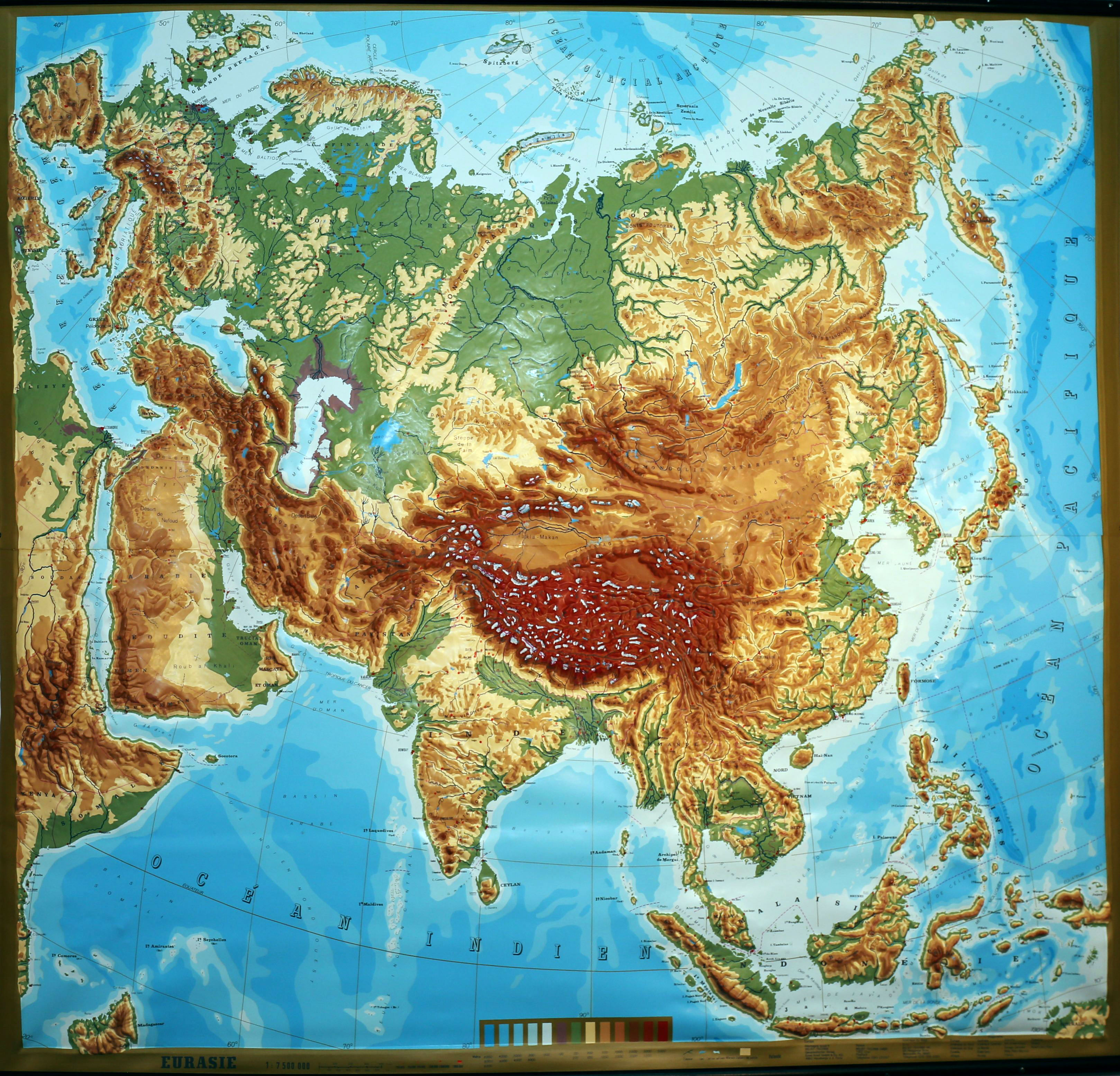 Picture of: Eurasia Large Extreme Raised Relief Map French Text
