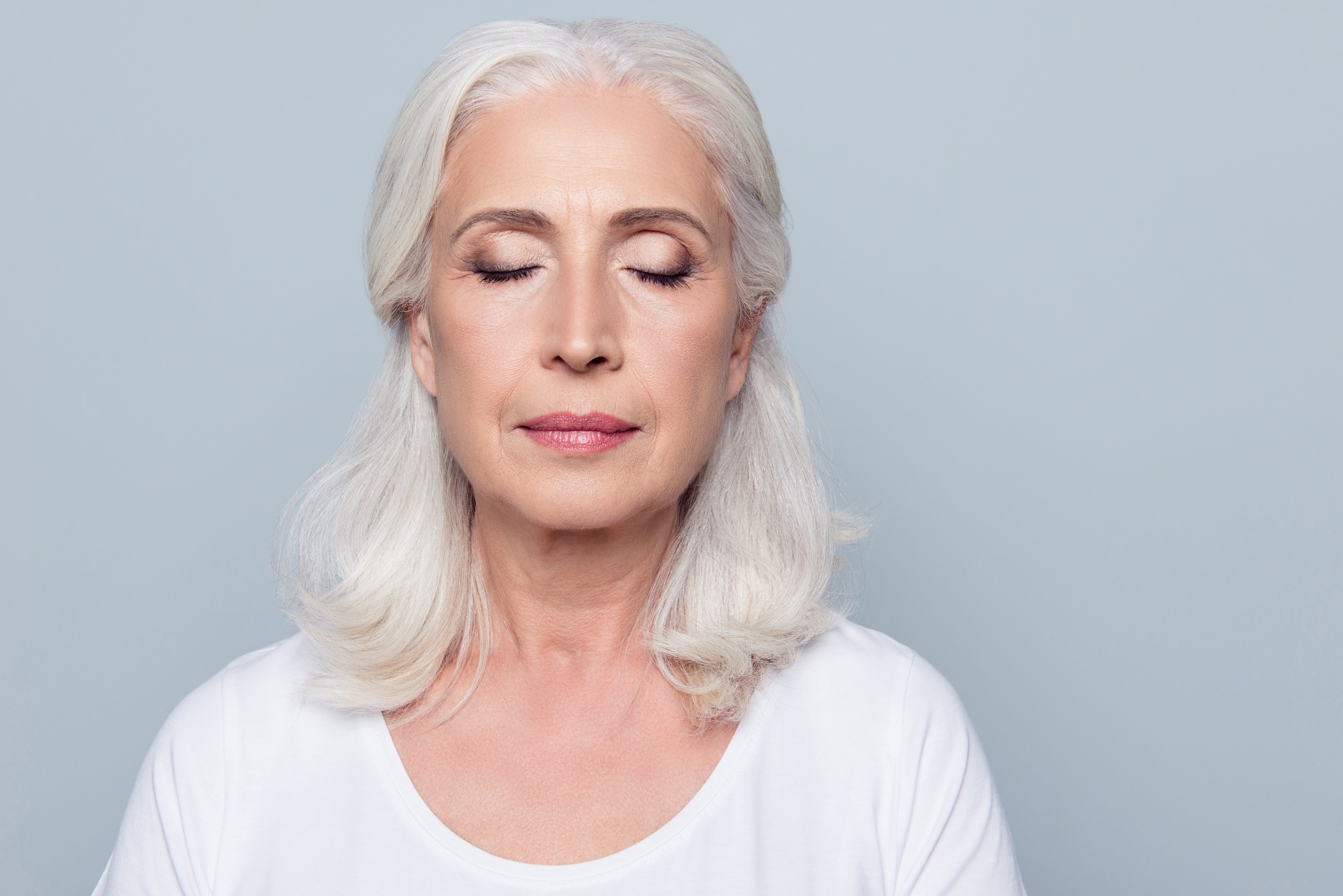 Common Causes of Sagging Eyelids and Their Treatment - Contours Rx