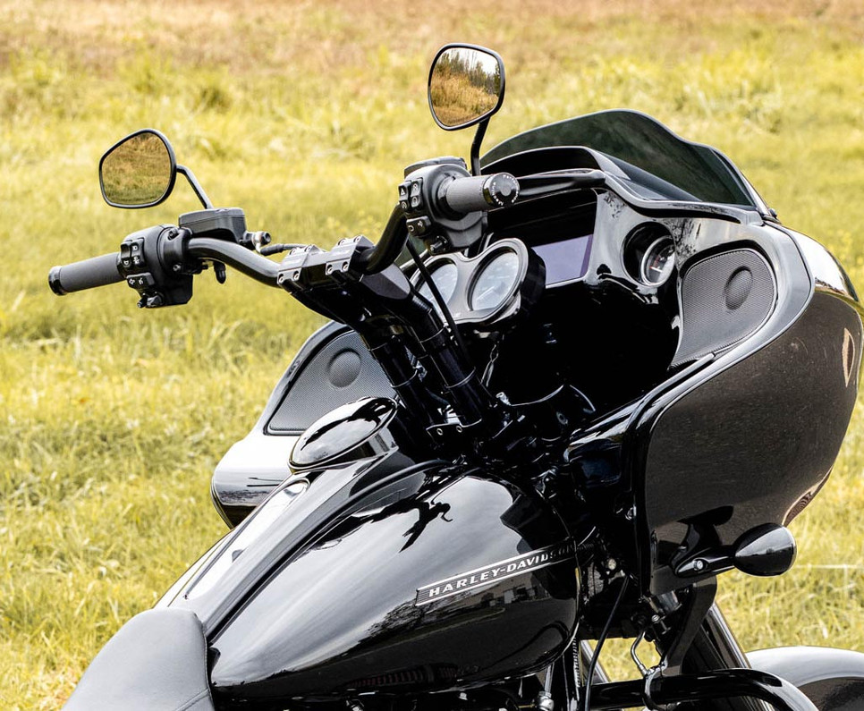 Kraus T-Bar & Gauge Relocation - Harley Road Glide