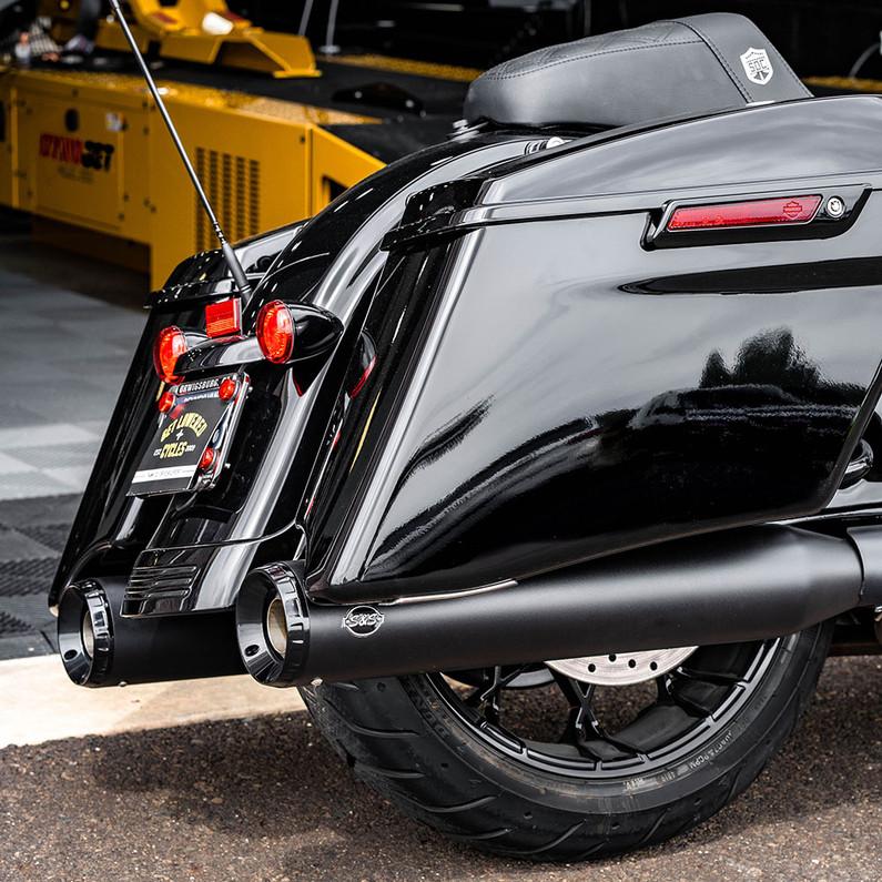 """S&S GNX 4.5"""" Slip-On Mufflers - 2020 Harley Road Glide"""